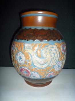 Vase aux coqs<br/>H: 35cm - Valeur 4000€