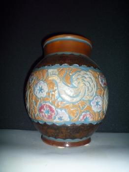 Vase aux coqs <br/>H: 35cm - Valeur 4000&euro;