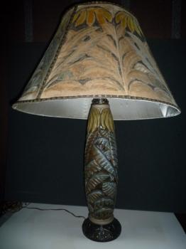 Lampe aux bananiers<br/>Pied : H: 52cm - Valeur : 4000€